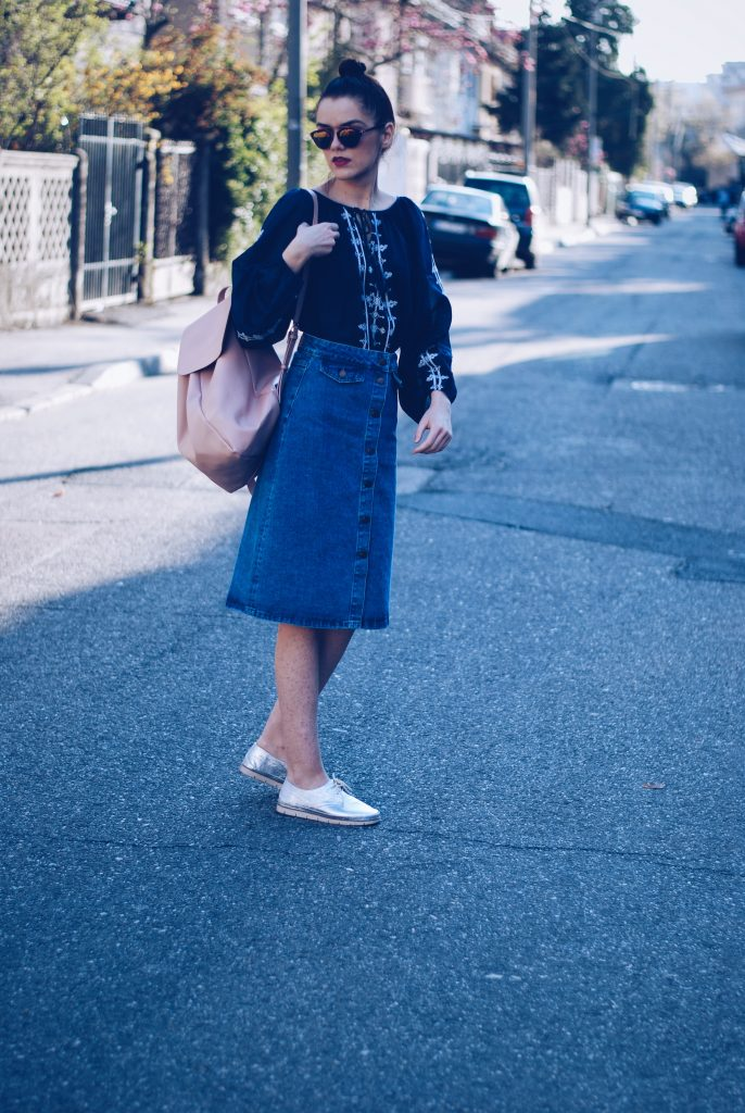 Midi denim skirt, embroidered shirt, silver shoes, backpack, soreal sunglasses by Andreea Birsan