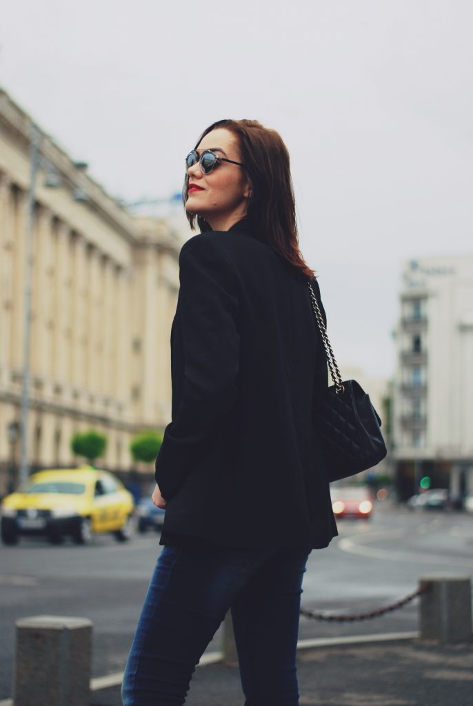 Jeans, black blazer, khaki tshirt, nude shoes, black leather bag, so real sunglasses, spring outfit by Andreea