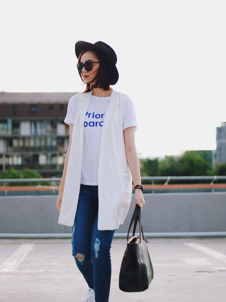 Distressed skinny jeans, white tshirt, white waistcoat vest, stan smith white sneakers, black hat, chocker, black sunglasses, furla black tote, summer outfit, bellabeat leaf, Andreea Birsan