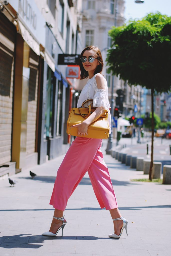 How To Wear A Pair Of Pink Palazzo Pants Couturezilla